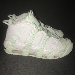 Nike Air More Uptempo Barely Green Christmas White